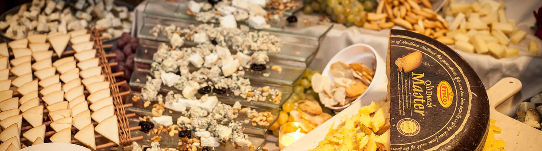 Buffet de quesos para eventos en Muelle 21